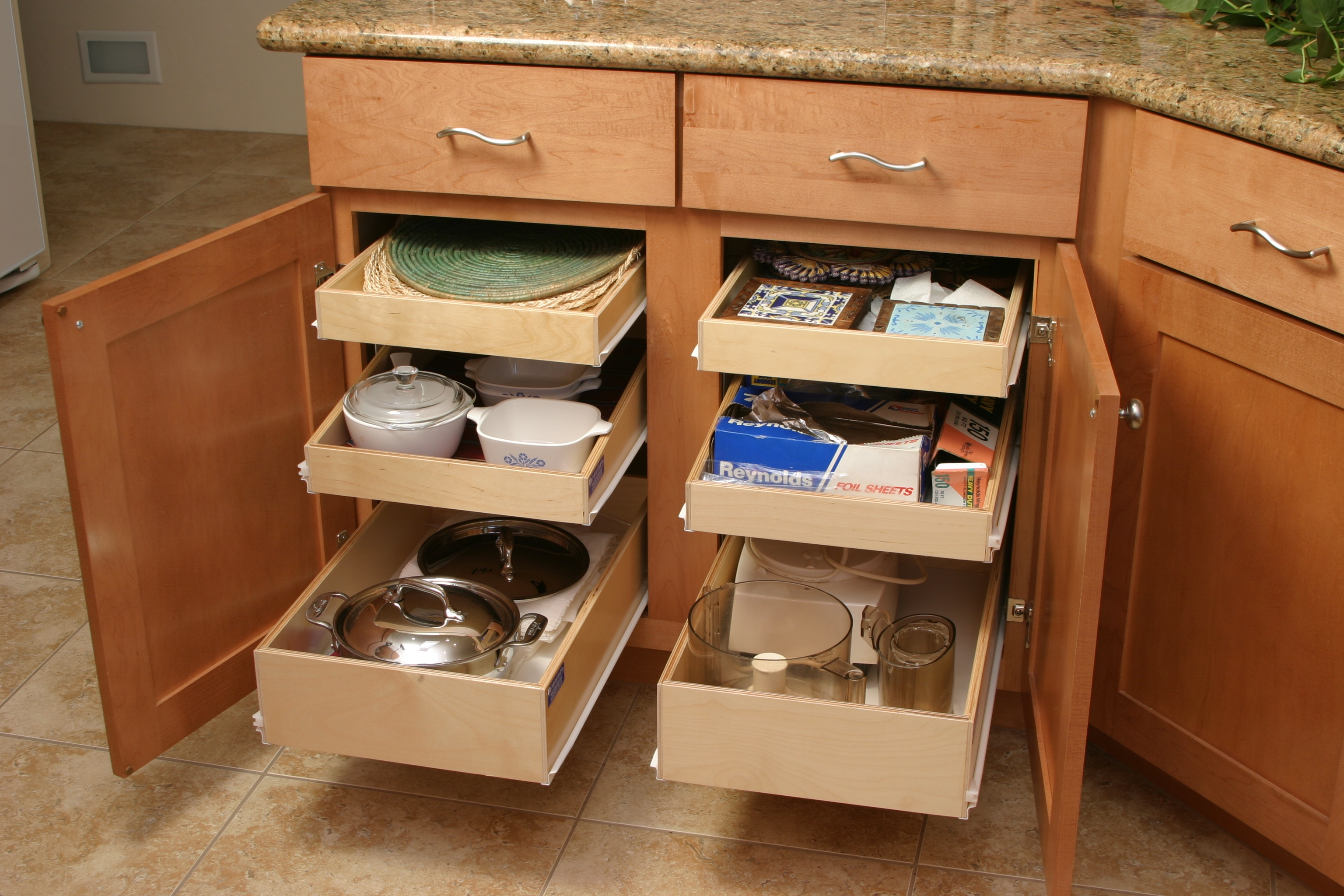 Wooden Pull Out Drawers For Kitchen Cabinets