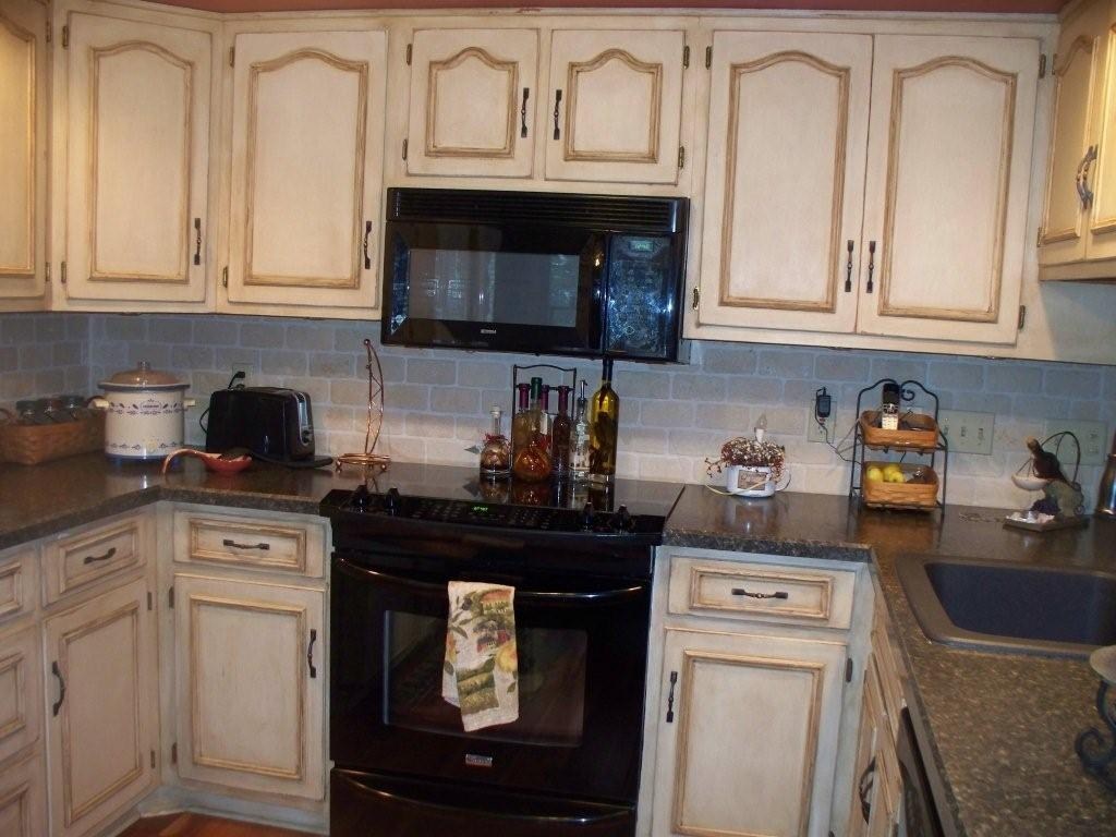 Honey Glazed Kitchen Cabinets1024 X 768