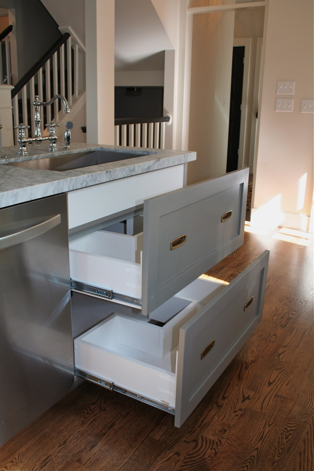 Kitchen Cabinet Sink Drawer