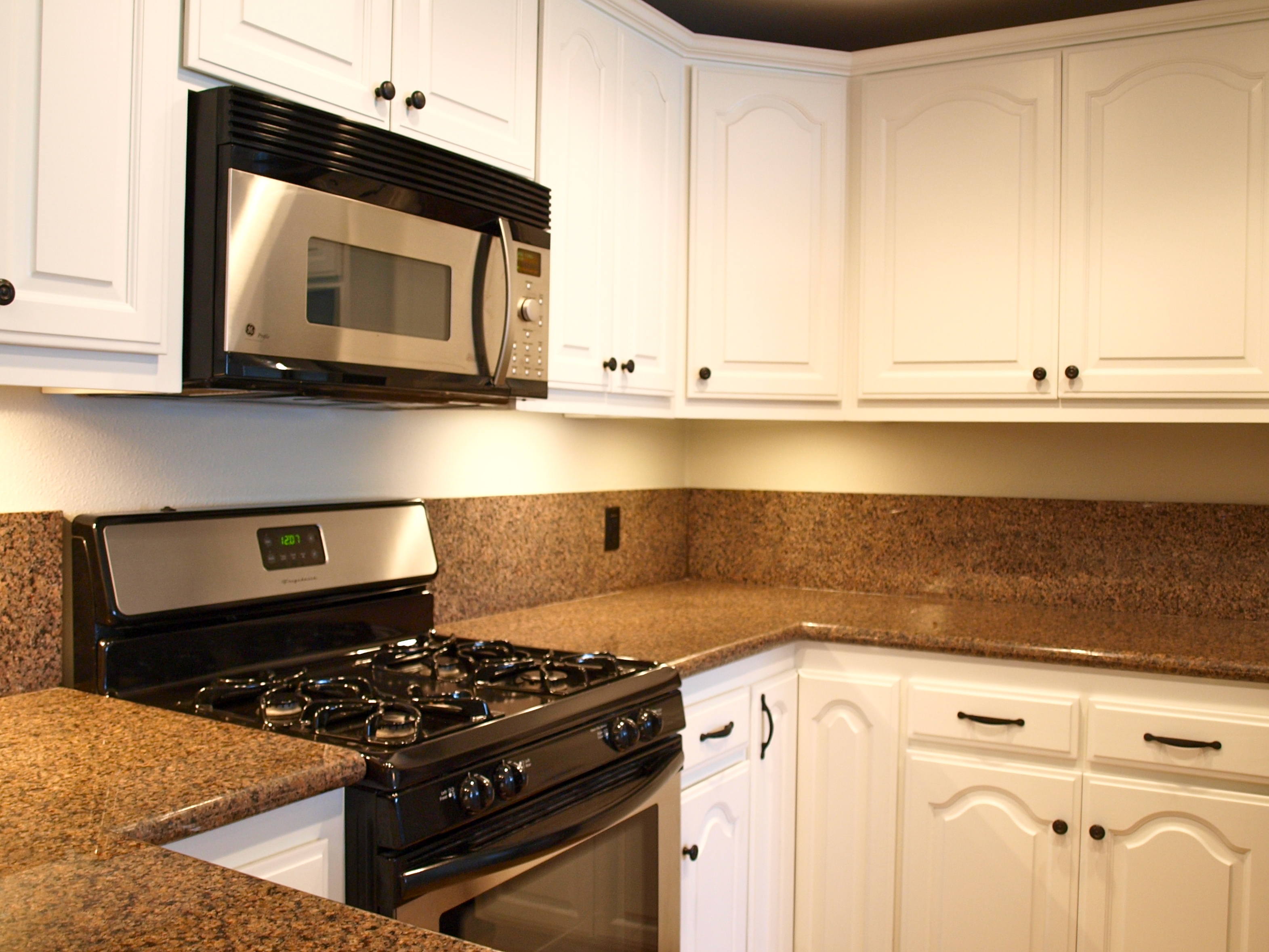 Kitchen Cabinets With Bronze Hardware