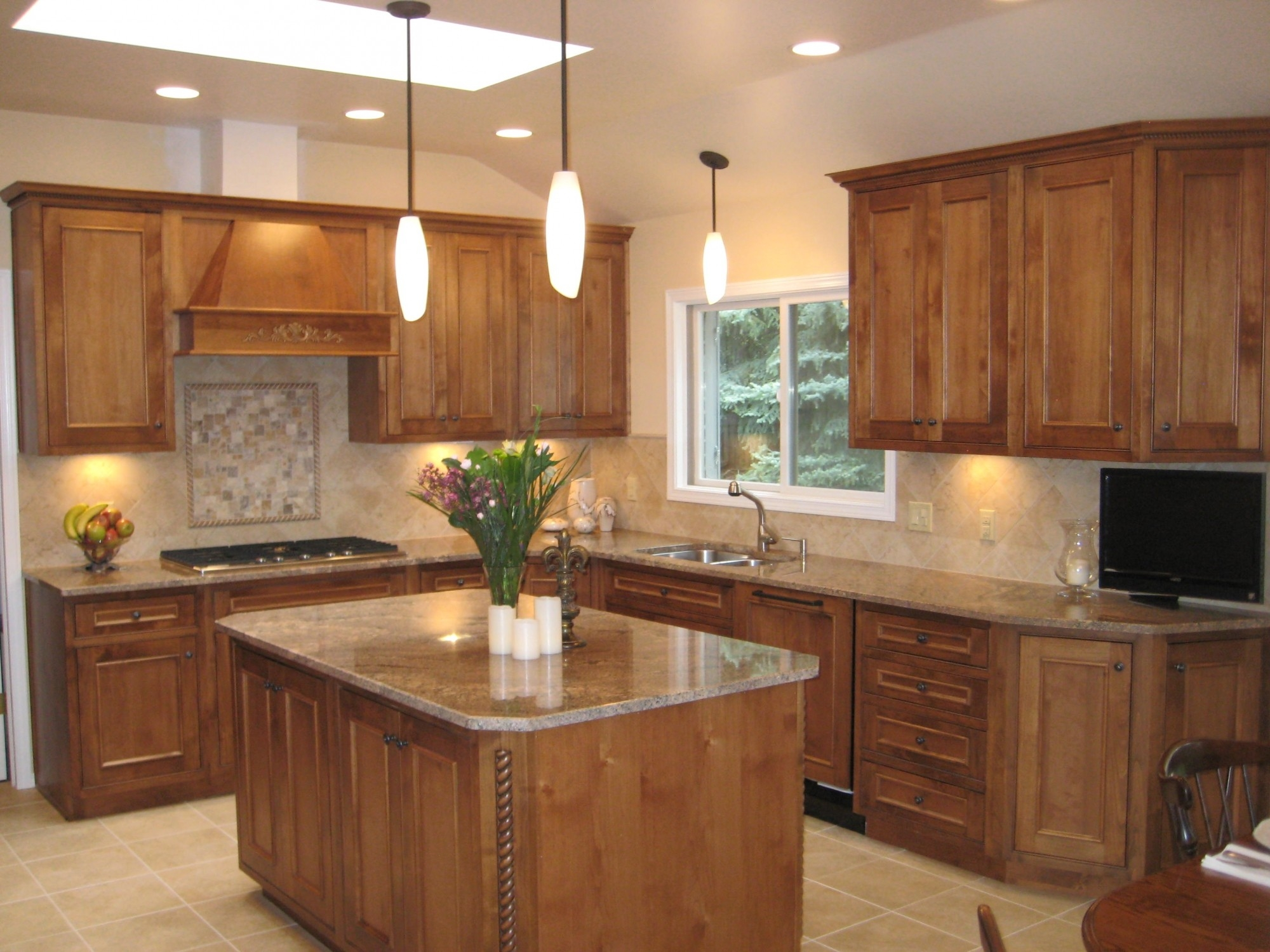 Kitchen Cabinets With Island And Pantry