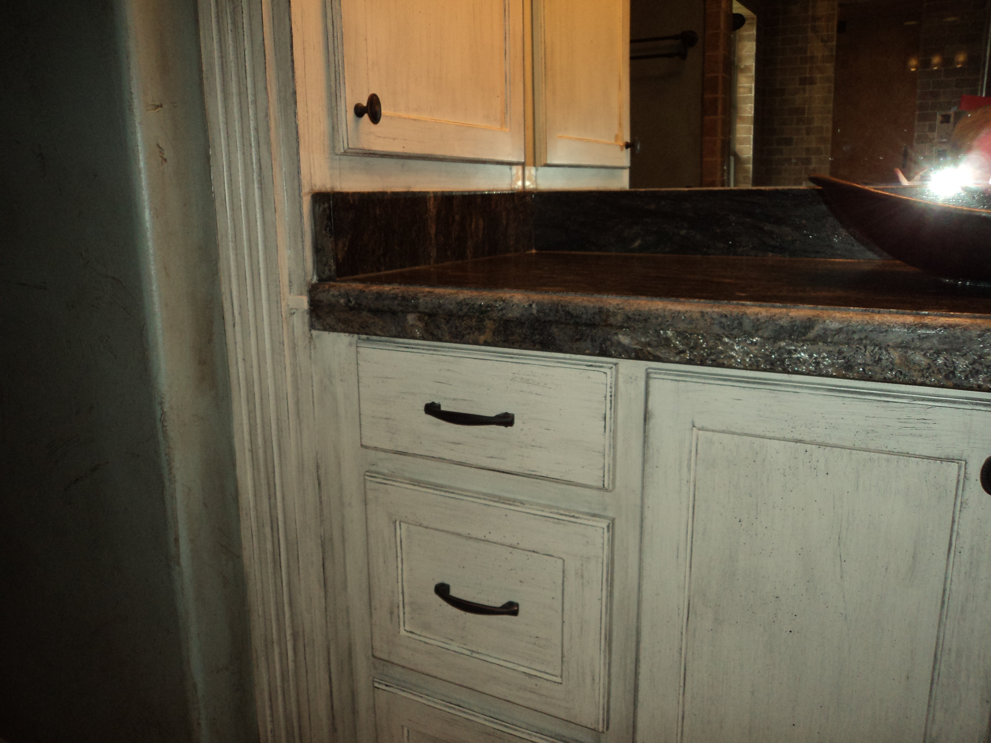 Pictures Of White Stained Kitchen Cabinets