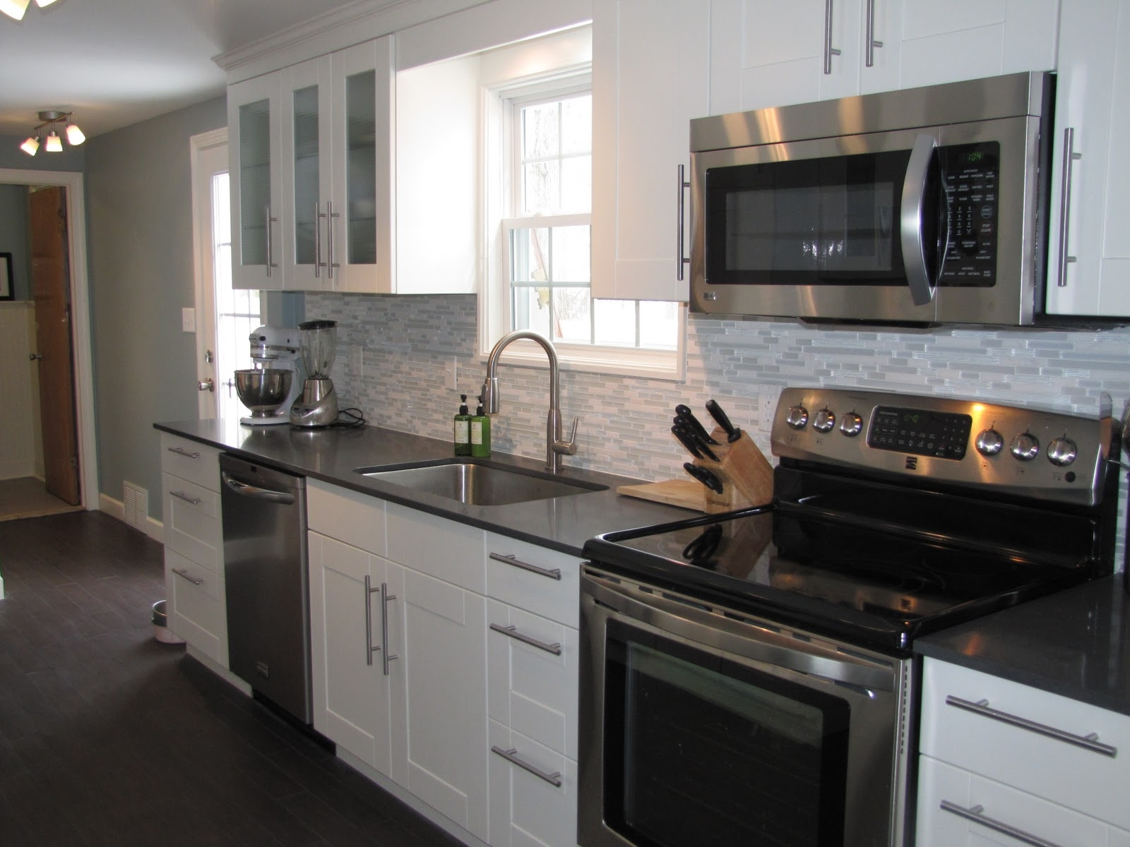 Pictures White Kitchen Cabinets Stainless Steel Appliances