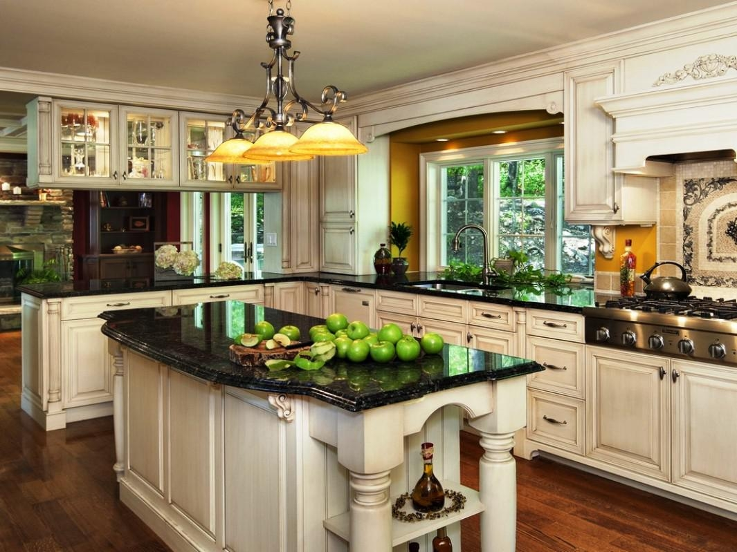Traditional White Kitchen Cabinets Pictures