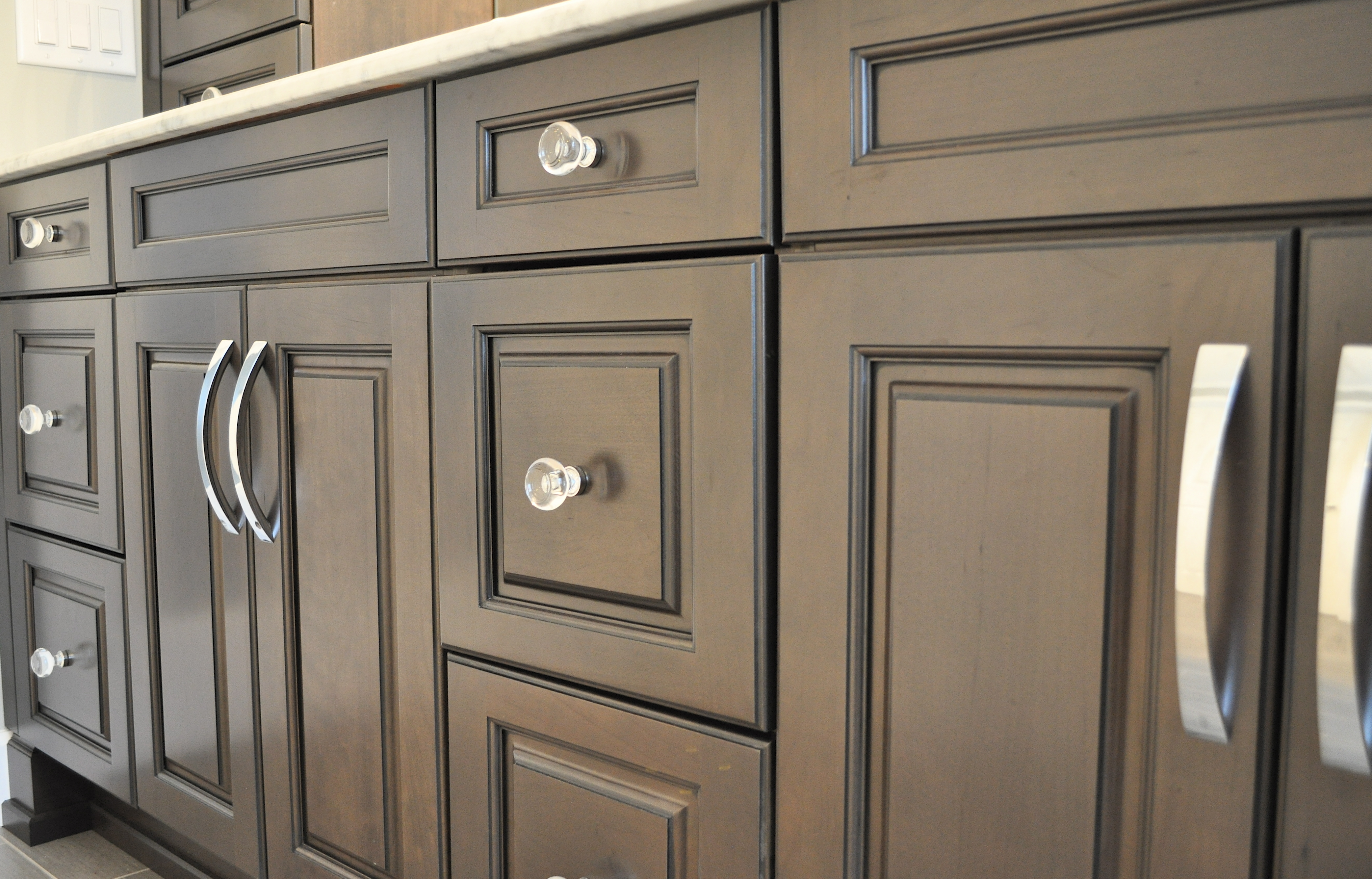 Black Kitchen Cabinets With Crystal Knobs
