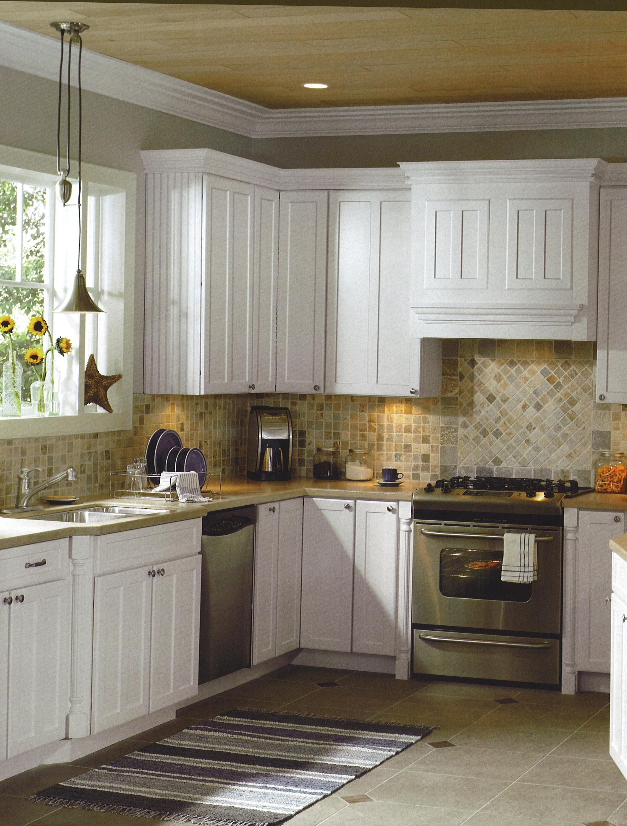 Country Kitchen Designs With White Cabinets