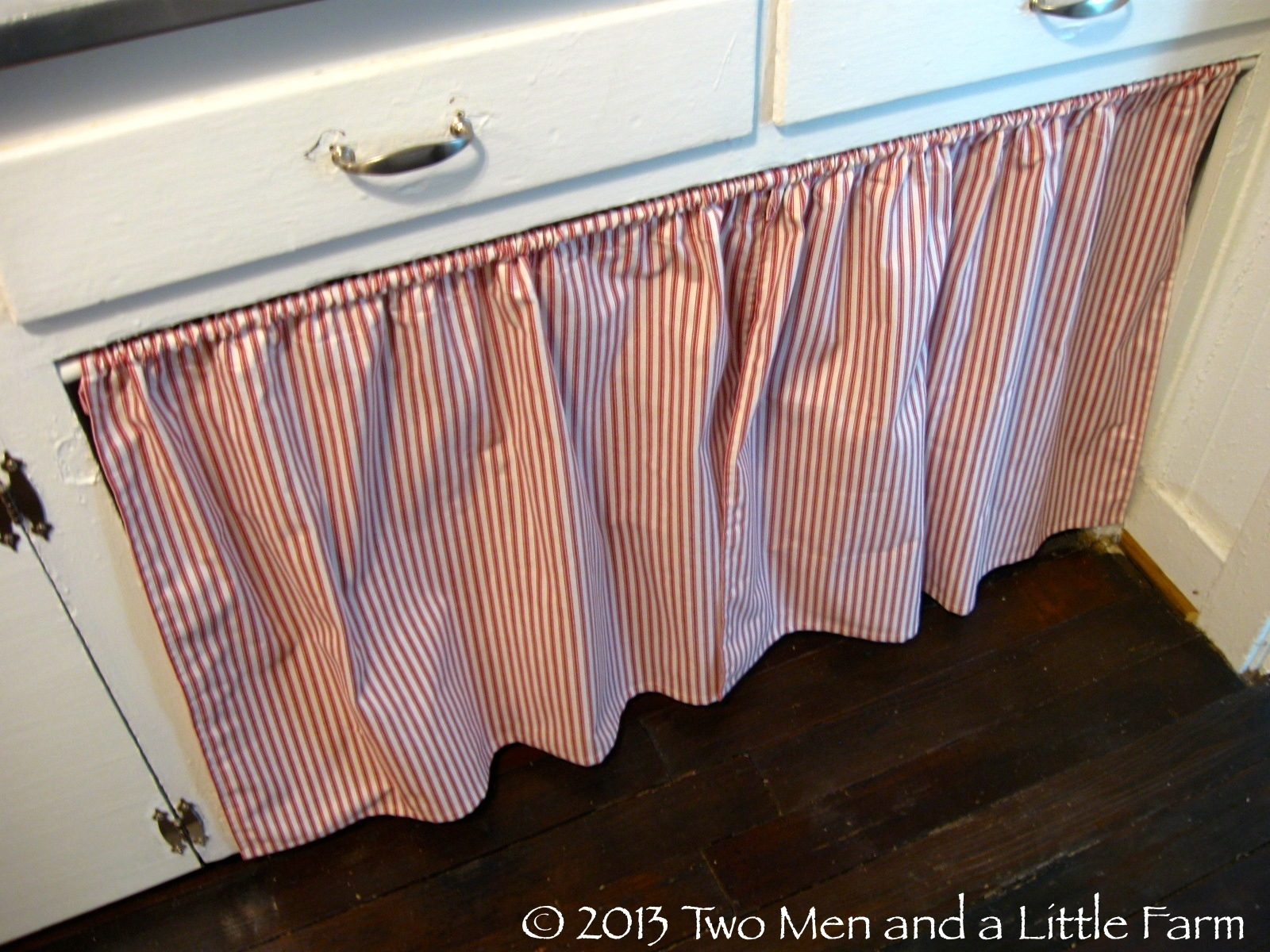 Cover Kitchen Cabinets With Fabric