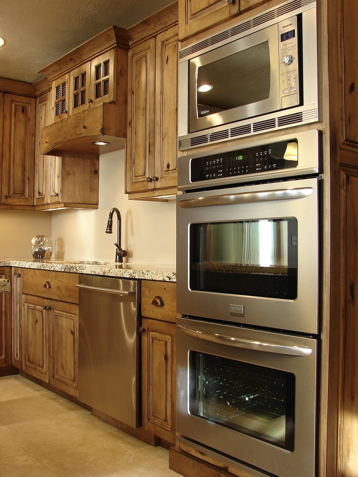 Double Oven Kitchen Cabinets