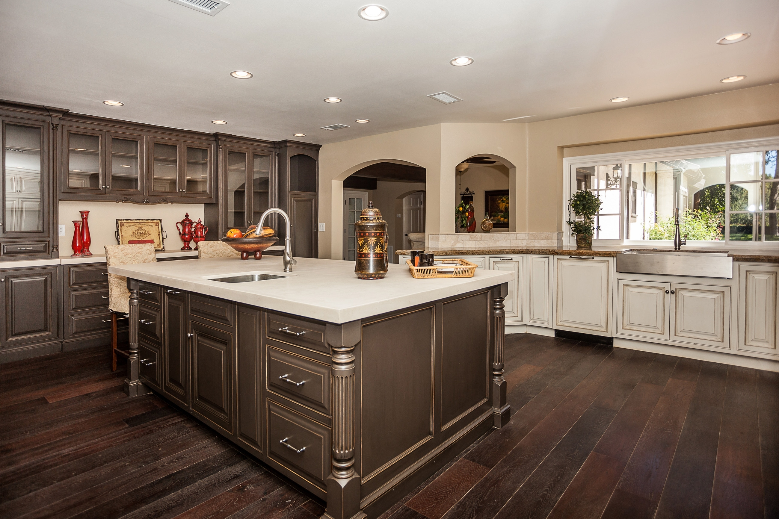 Ebony Oak Kitchen Cabinets