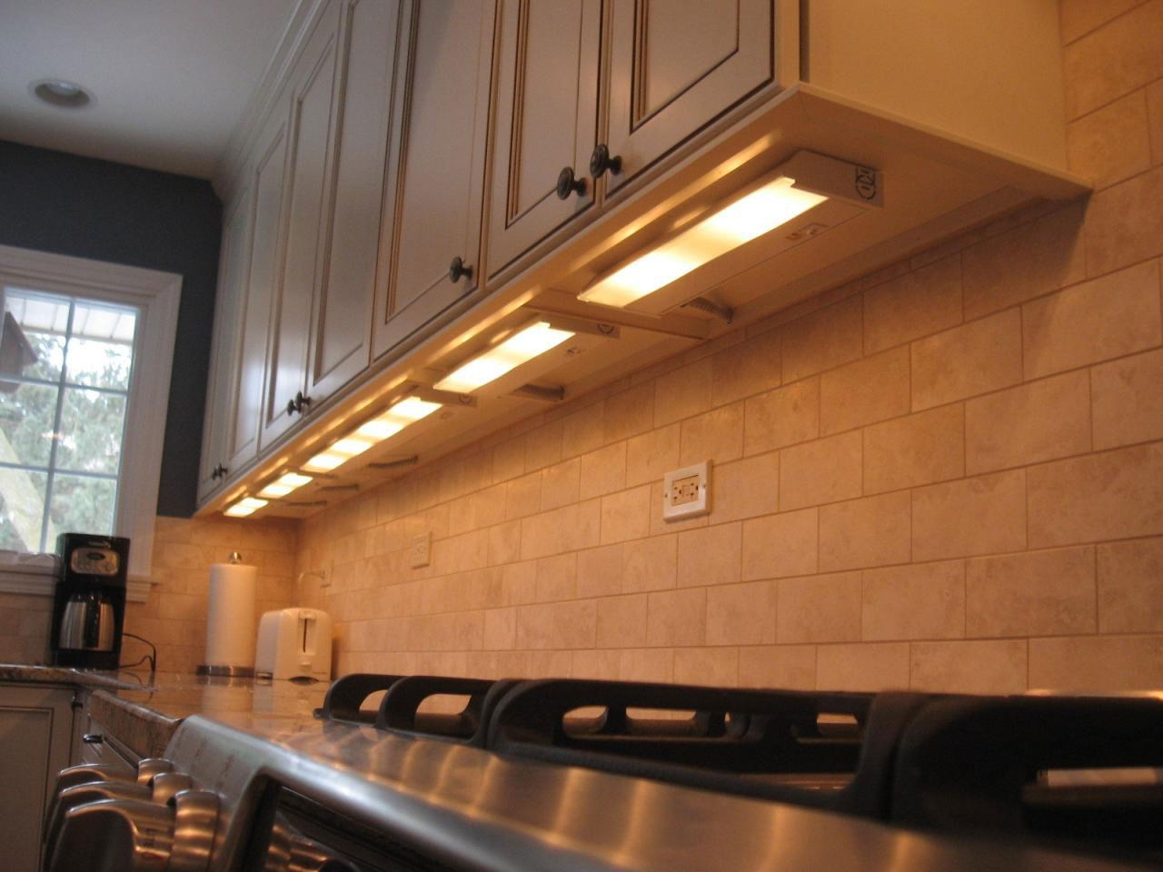 Fluorescent Tube Under Cabinet Lighting Kitchen