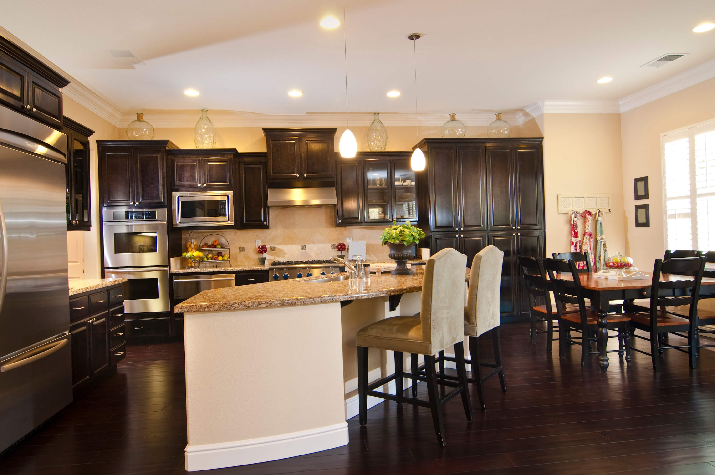 Images Of Kitchens With Dark Cabinets And Wood Floors