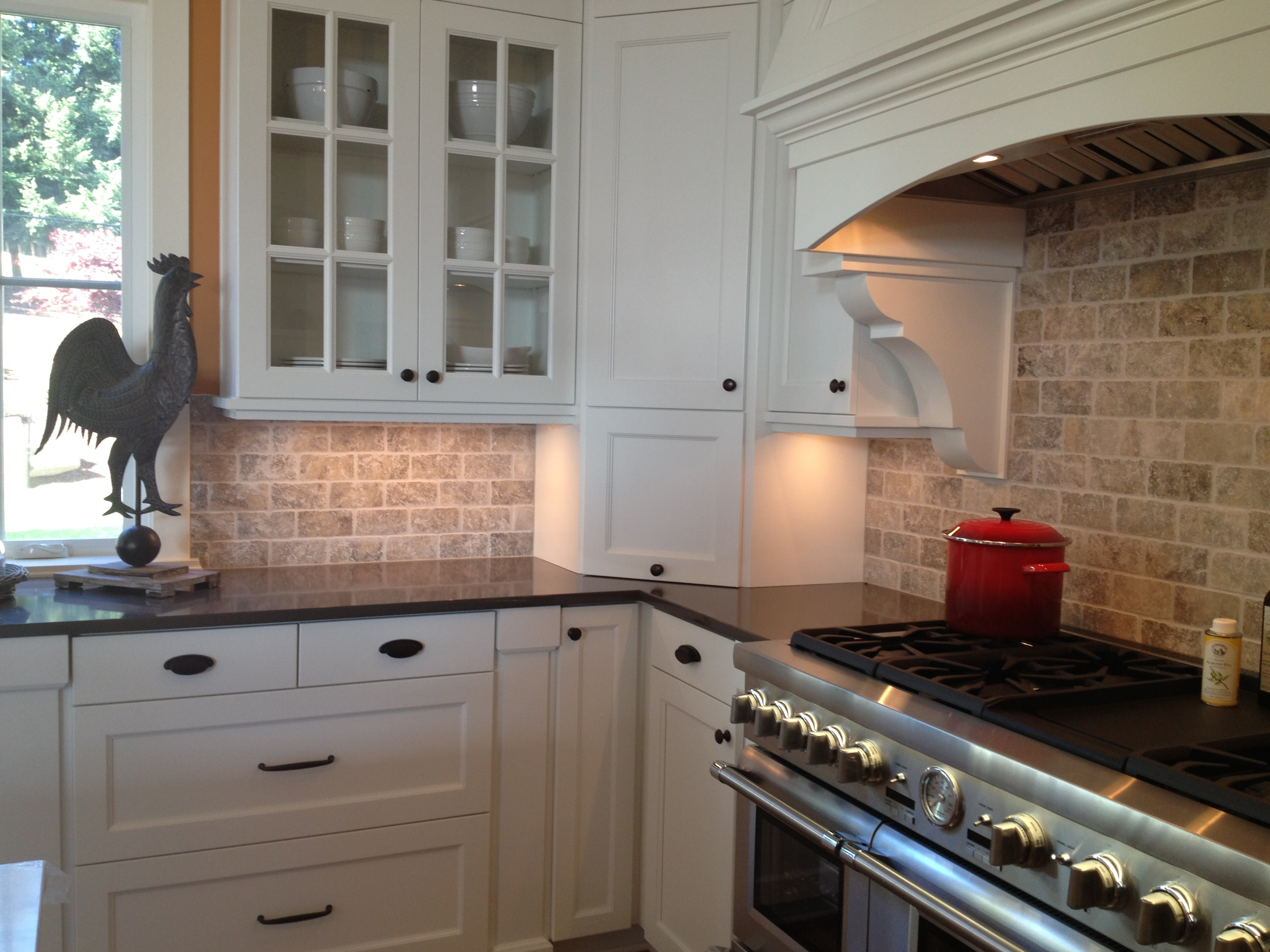 Kitchen Backsplash Ideas White Cabinets Black Countertops