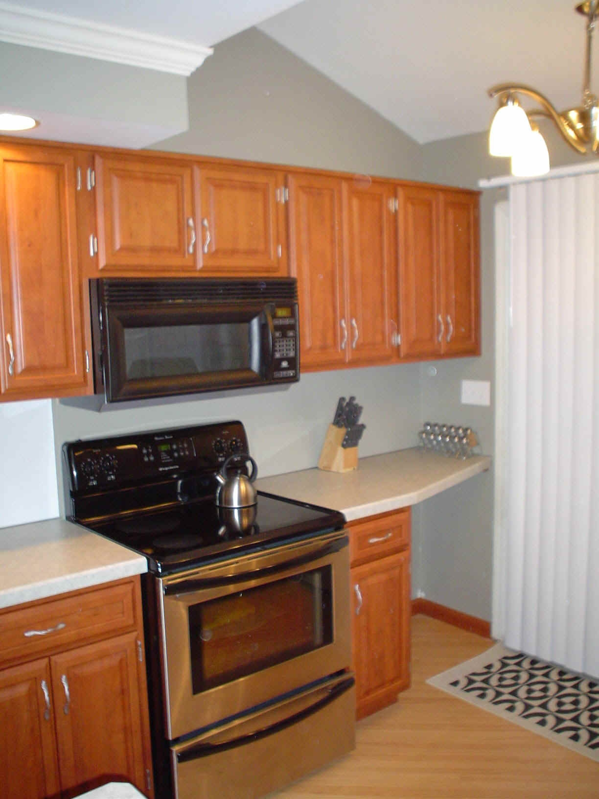 Kitchen Cabinet Small Size