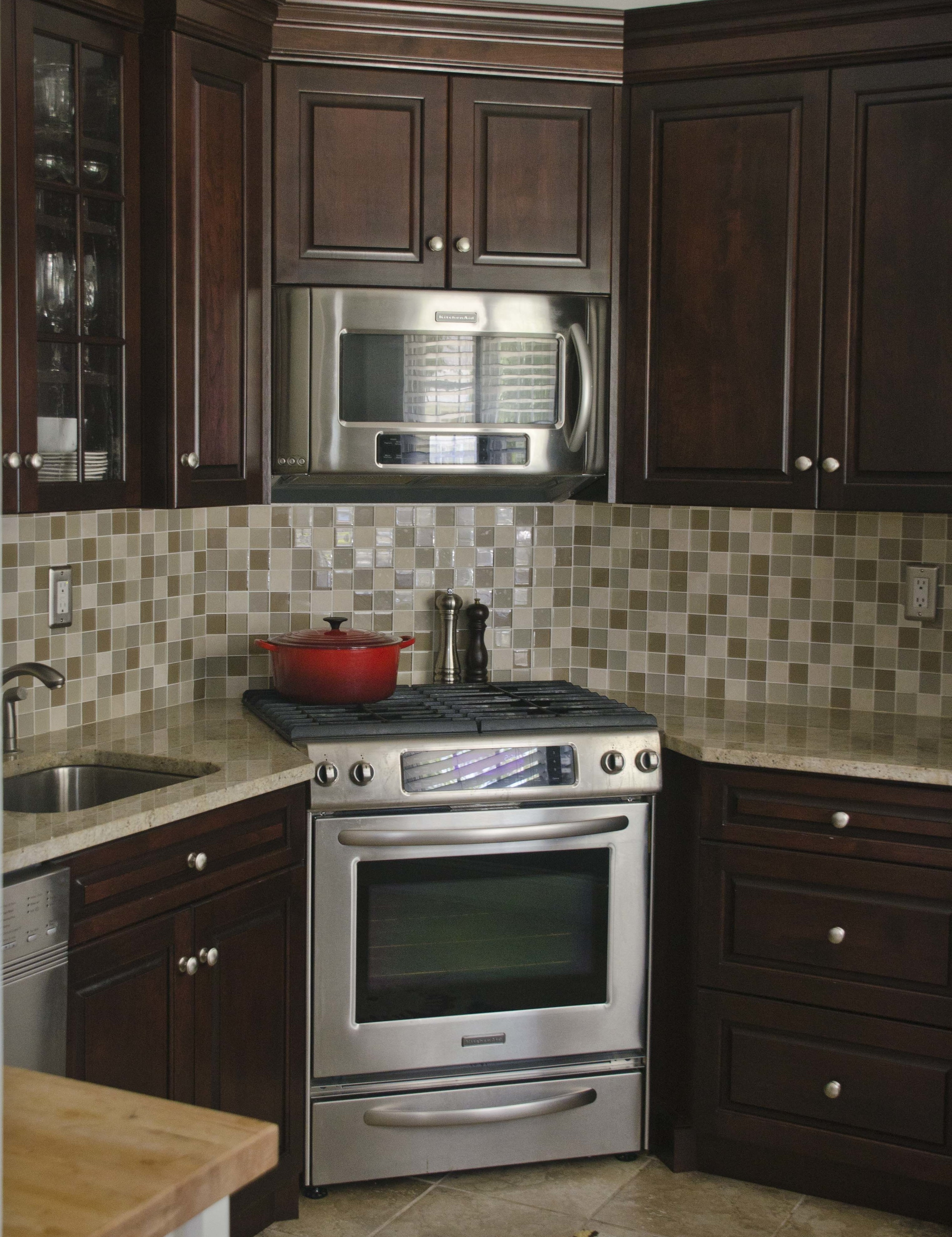 Kitchen Cabinet Spacing For Stove