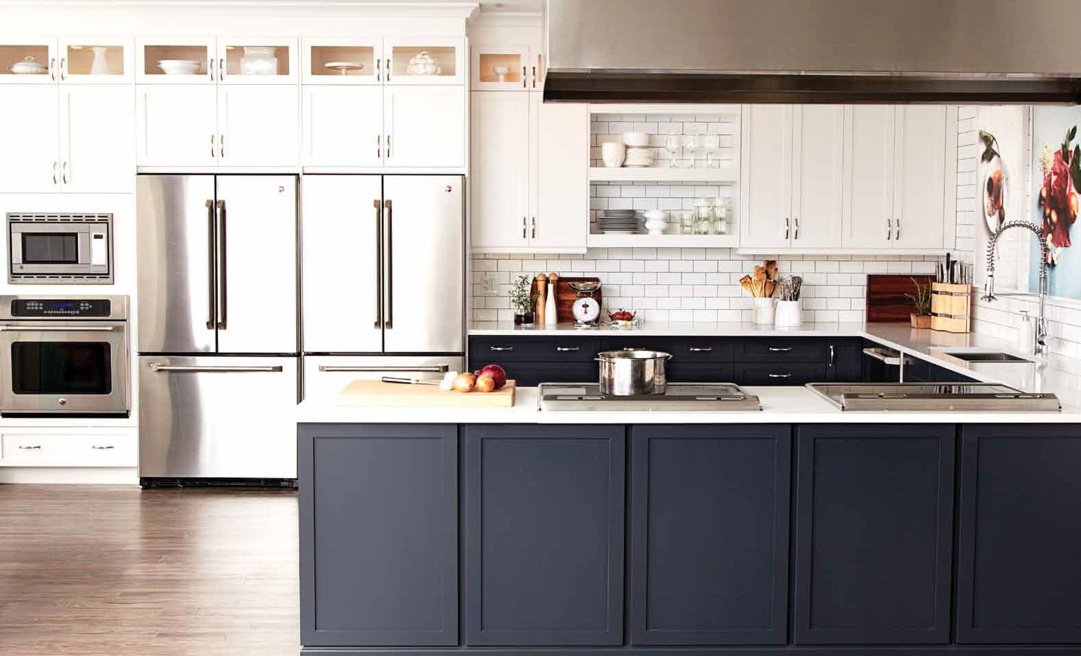 Kitchen Cabinets Black And White