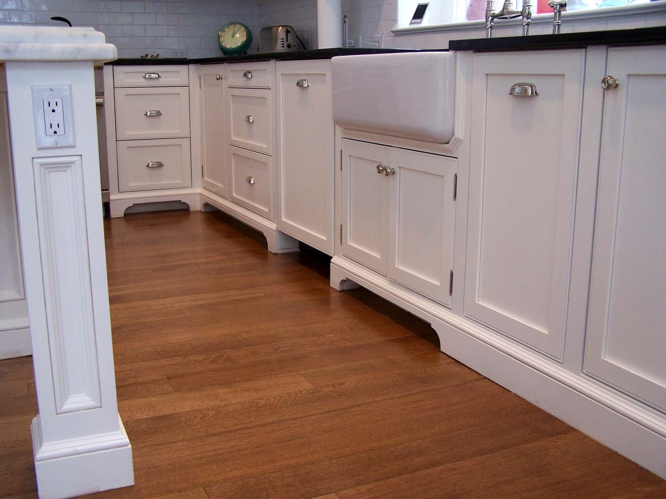 Kitchen Cabinets With Decorative Legs