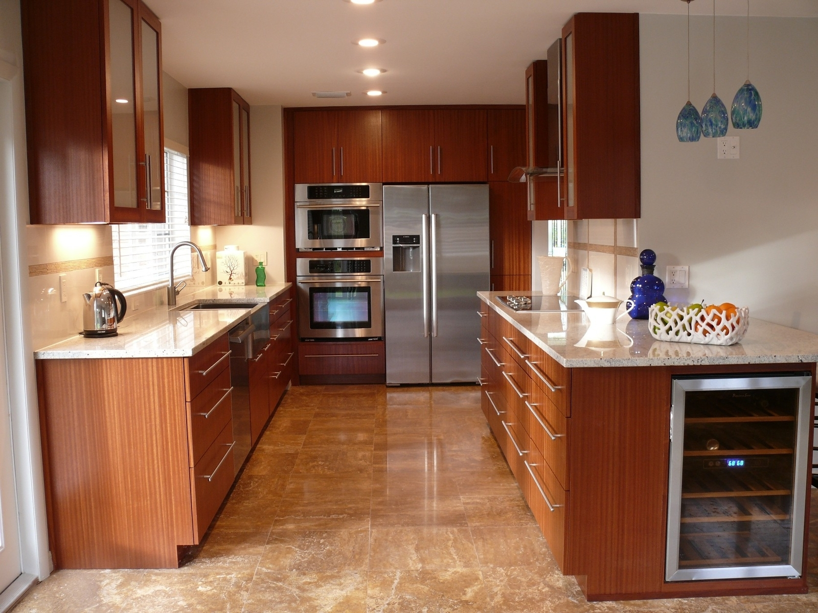Kitchen Design Mahogany Cabinets