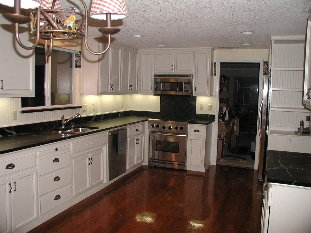 Kitchen Pictures White Cabinets Black Counters