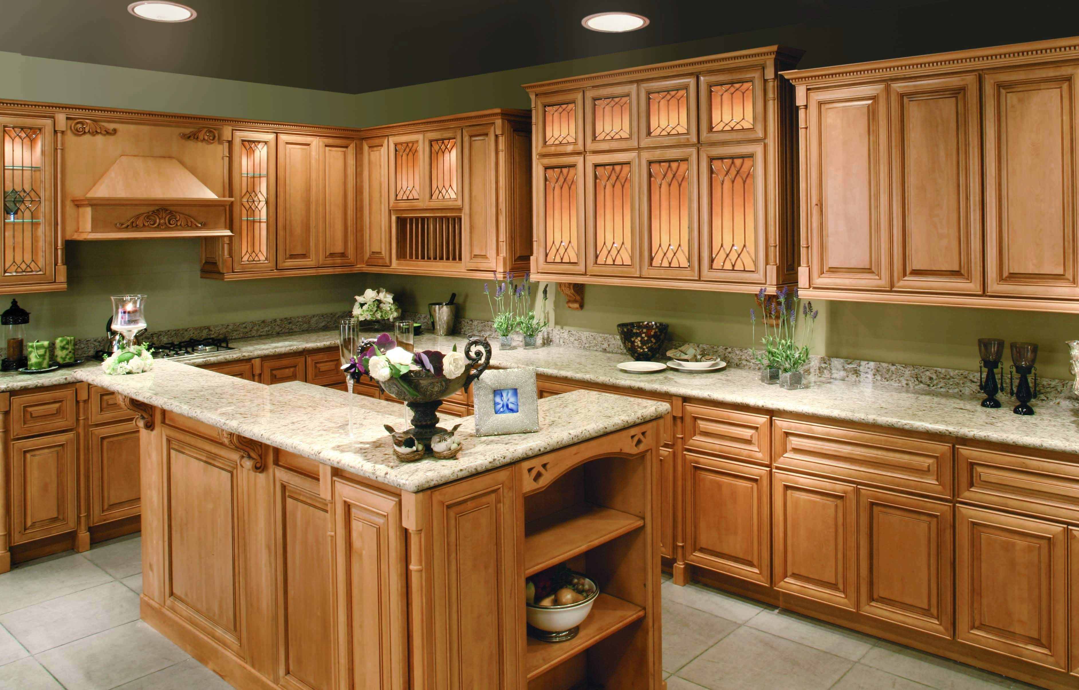 Kitchens With Maple Cabinets And Green Walls
