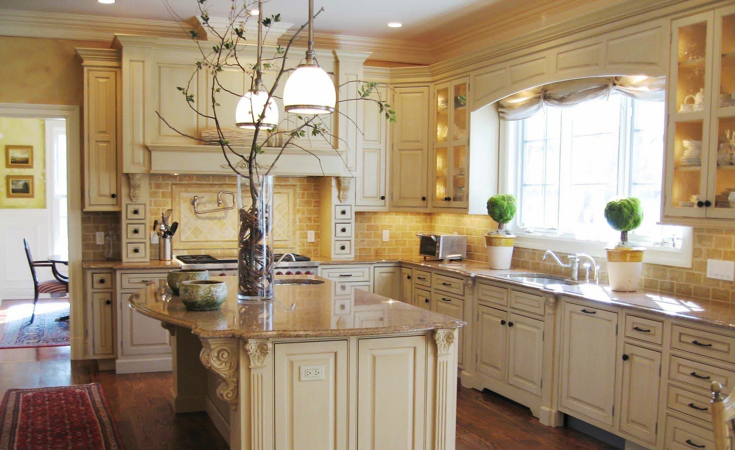 Photos Of Cream Colored Kitchen Cabinets