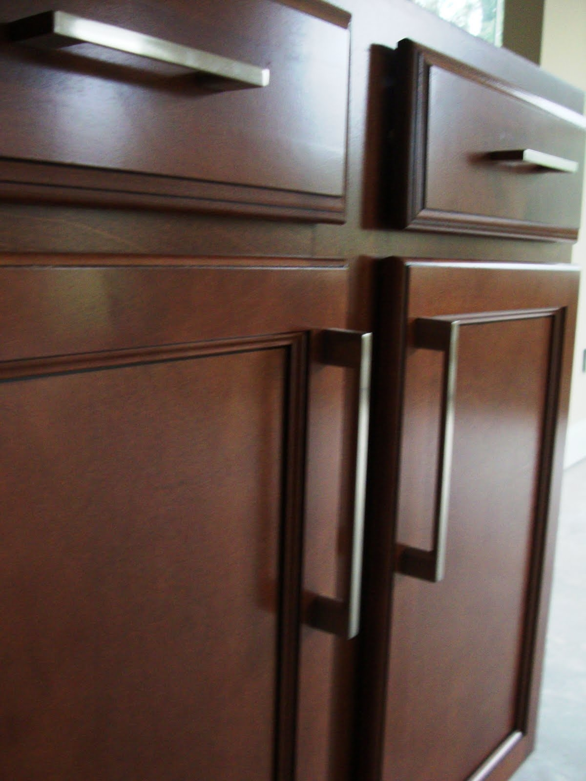 Photos Of Kitchen Cabinets With Handles