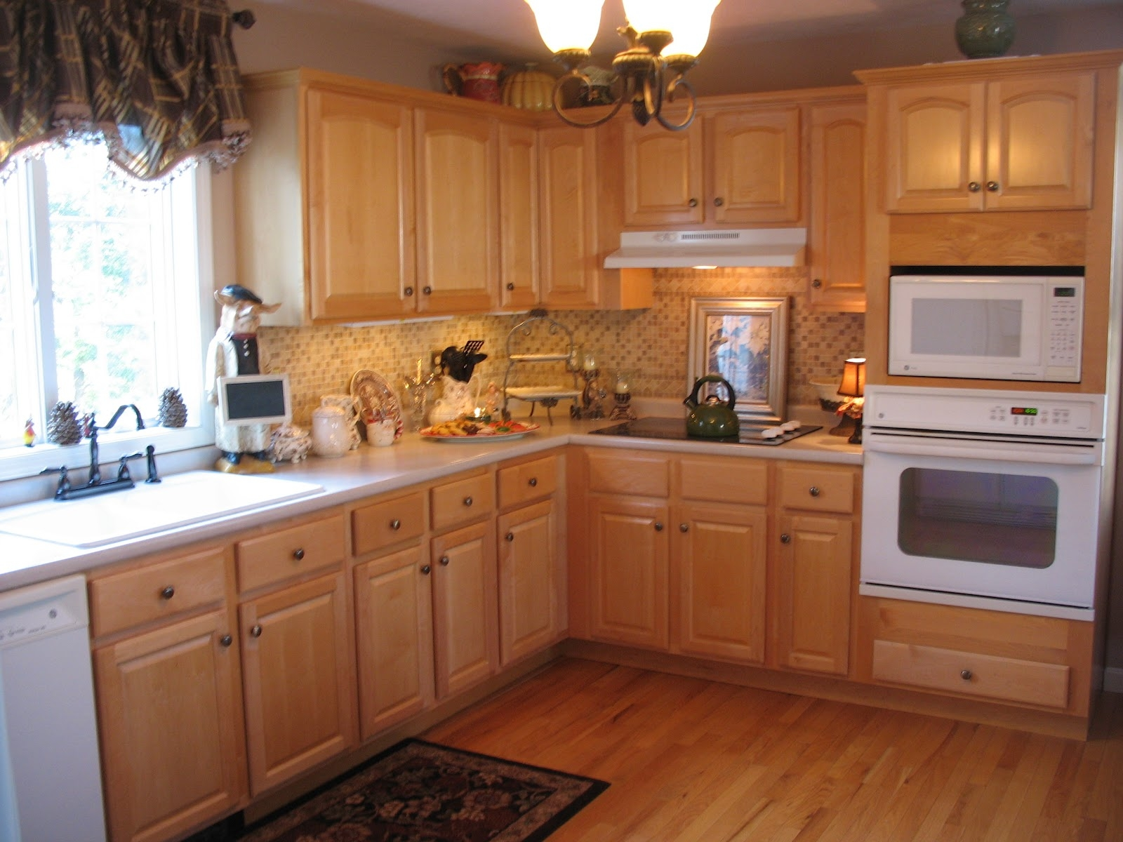 Sample Kitchen Cabinets Colors