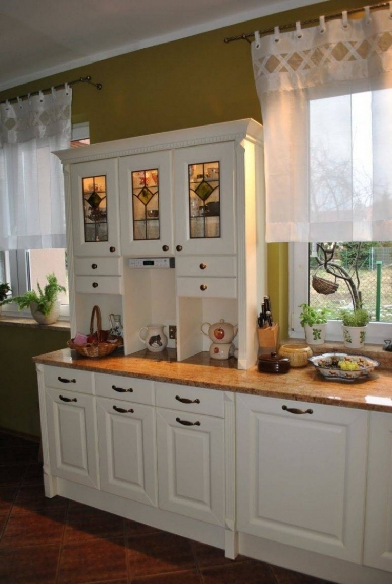 Top Rated Kitchen Cabinets 2016