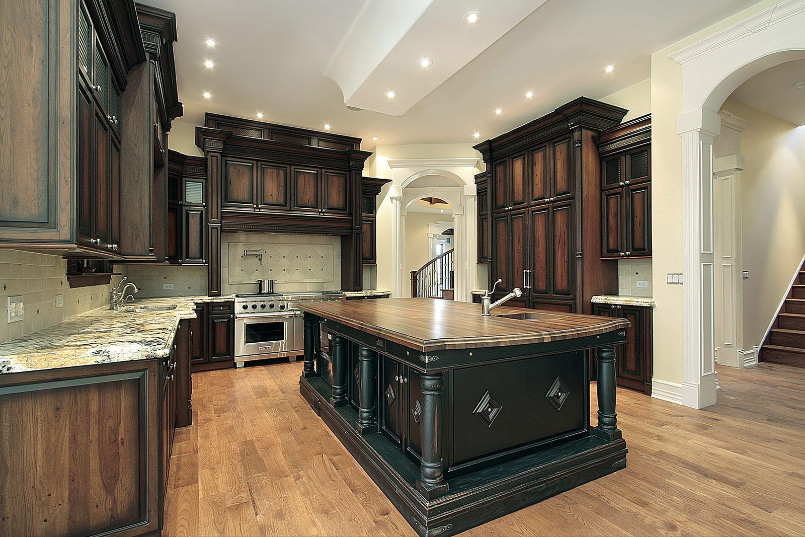 Tropical Kitchen Cabinets Hialeah