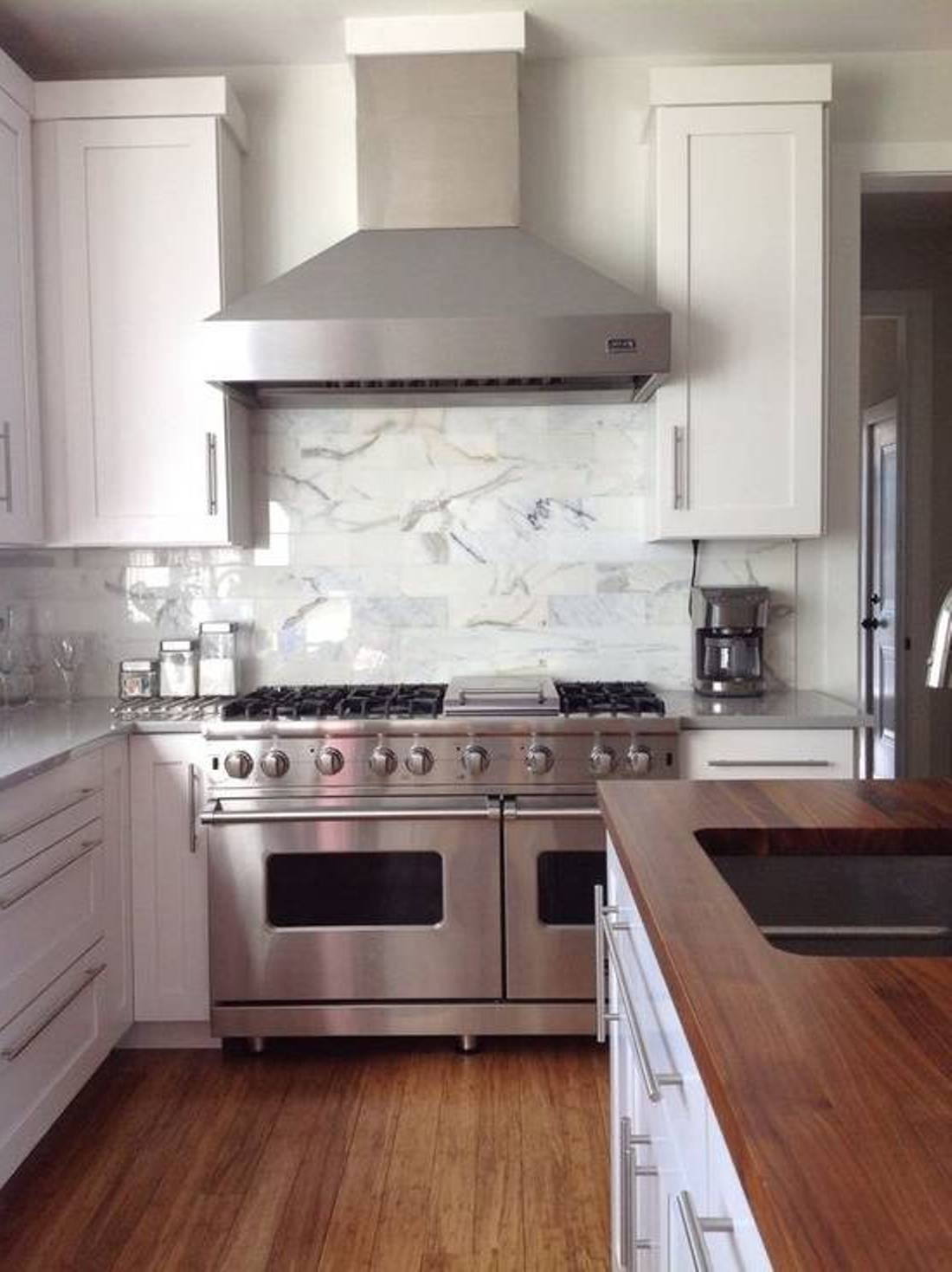 White Kitchen Cabinets Hood