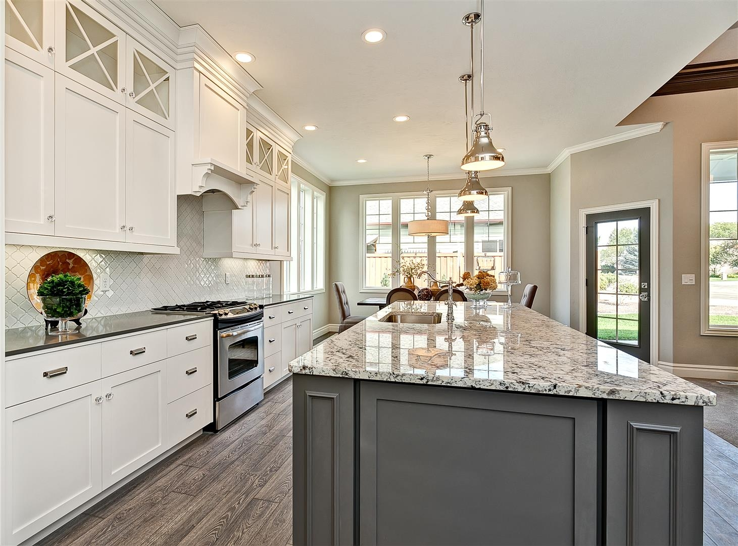 White Kitchen Cabinets With Island