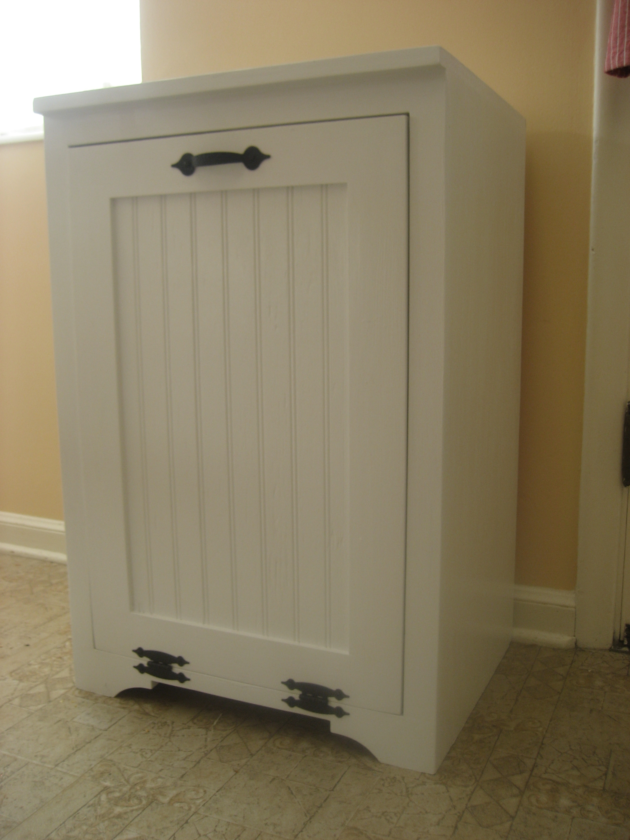 Wooden Kitchen Trash Can Cabinet