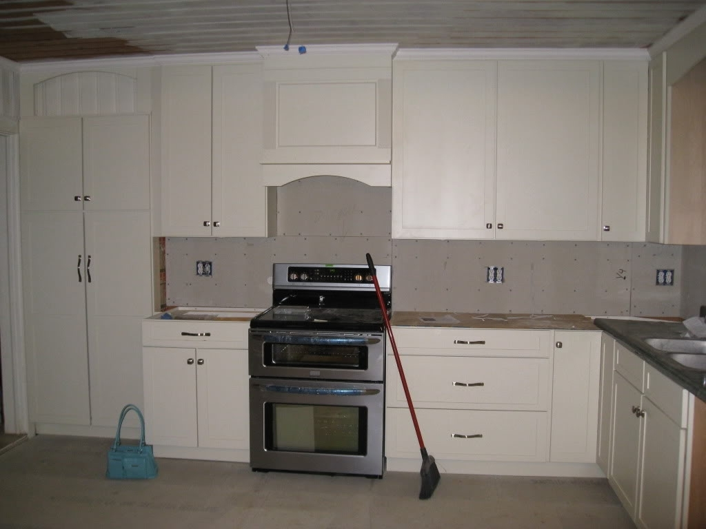 36 Upper Kitchen Cabinets