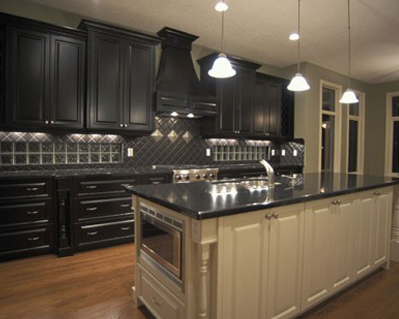 Black Cabinet Kitchens Pictures1280 X 1024