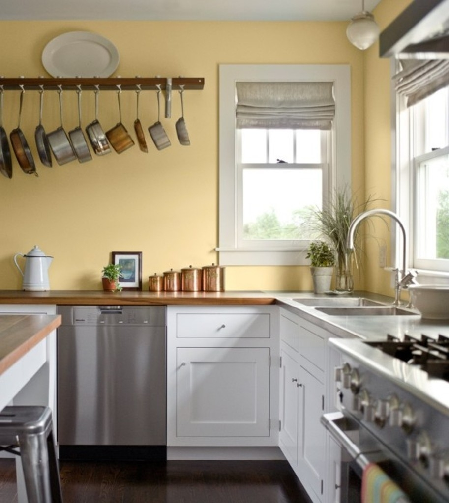 Permalink to Blue Kitchen Cabinets With Yellow Walls