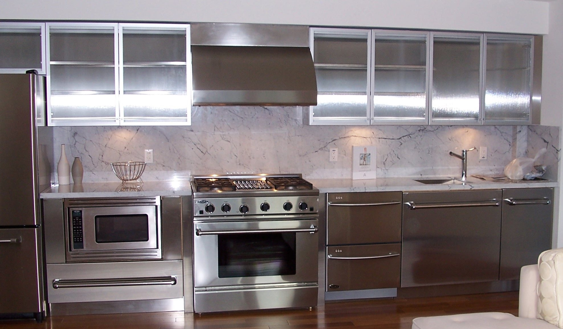Chrome And Glass Kitchen Cabinets