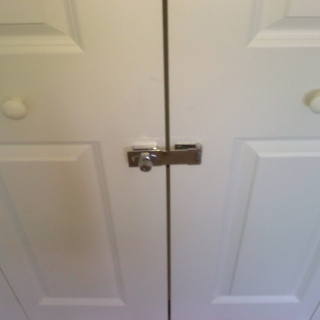 Kitchen Cabinet Locks With Key