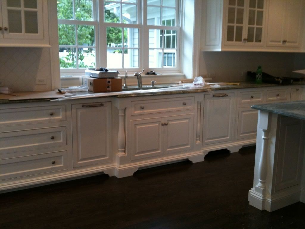 Kitchen Cabinets Without Legs1024 X 768