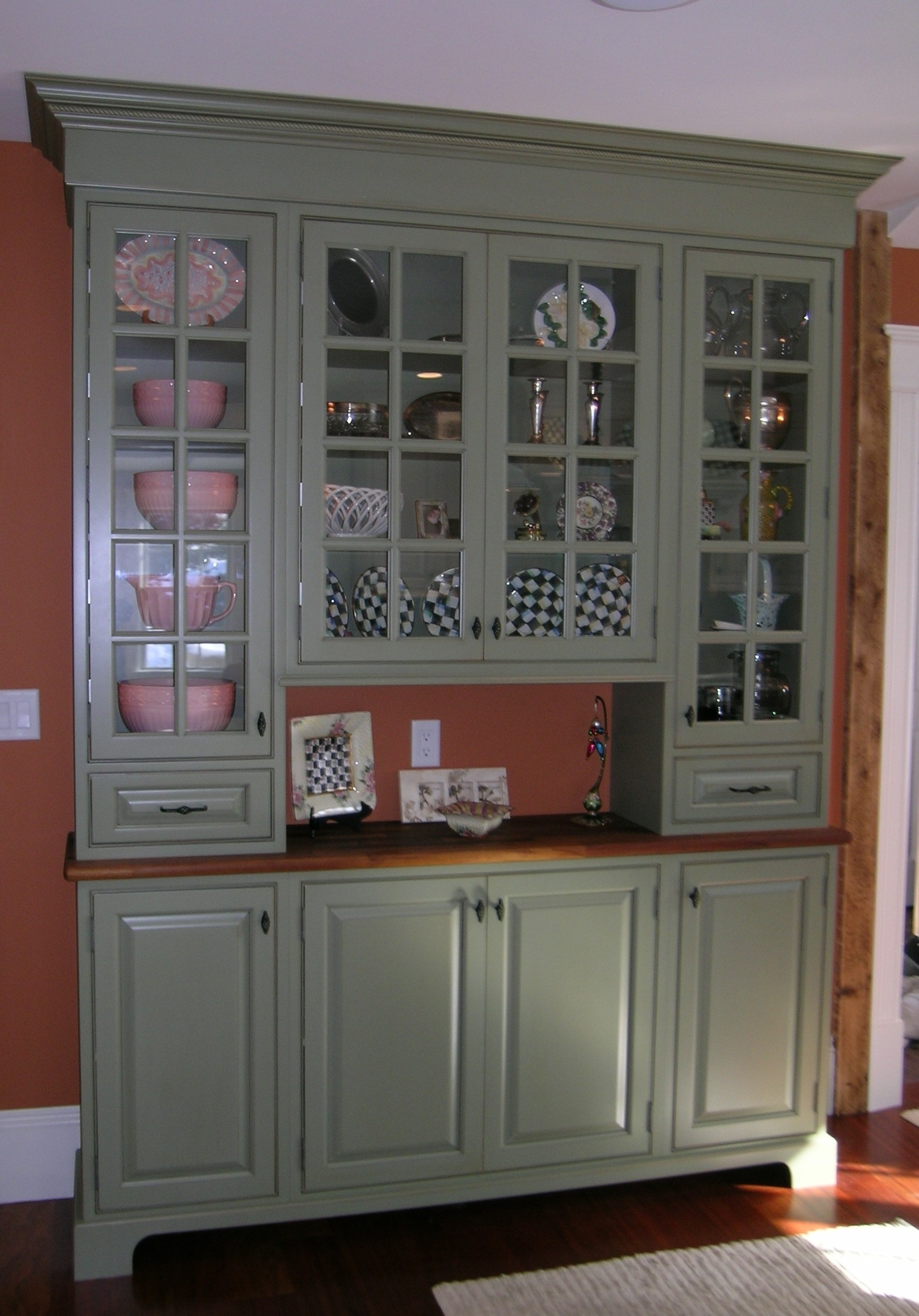 Kitchen Display Cabinet Ideas