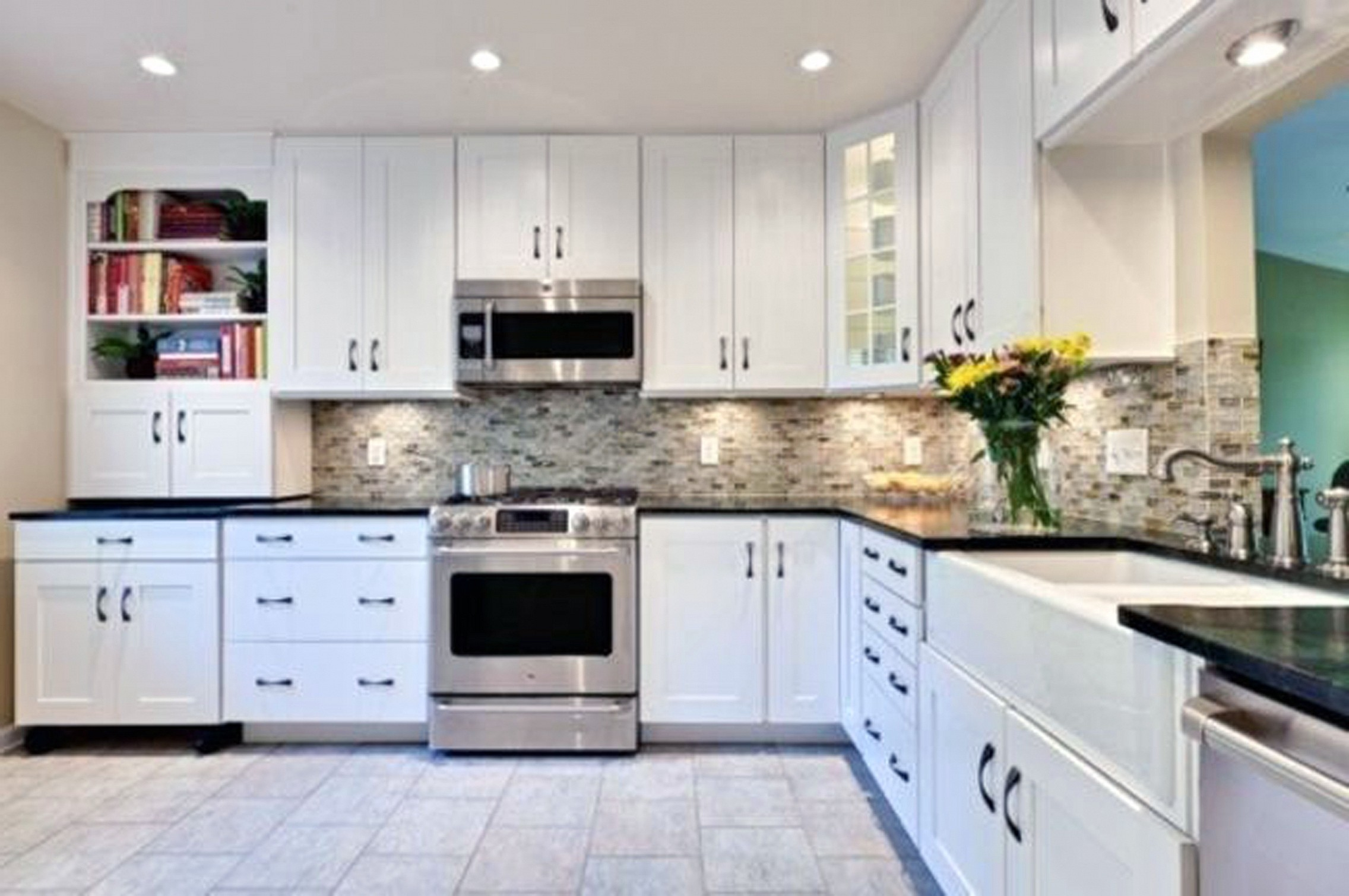 Pictures Of White Kitchen Cabinets With Black Granite Countertops