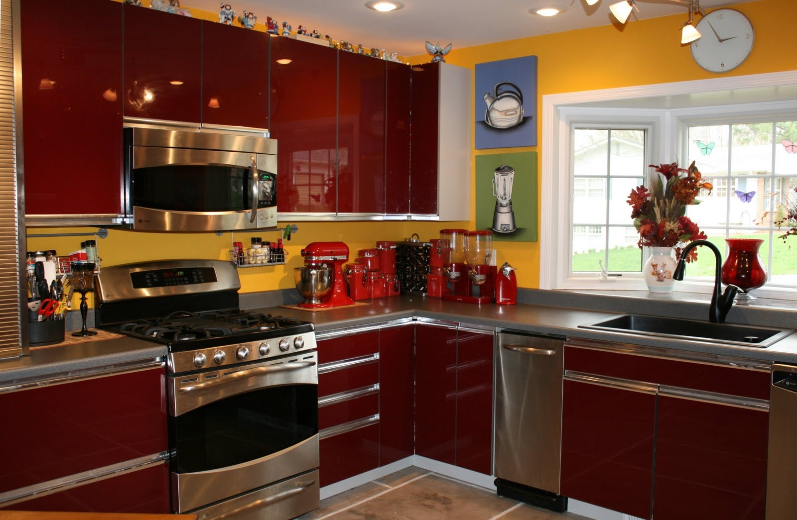 Permalink to Red Kitchen Cabinets With Yellow Walls