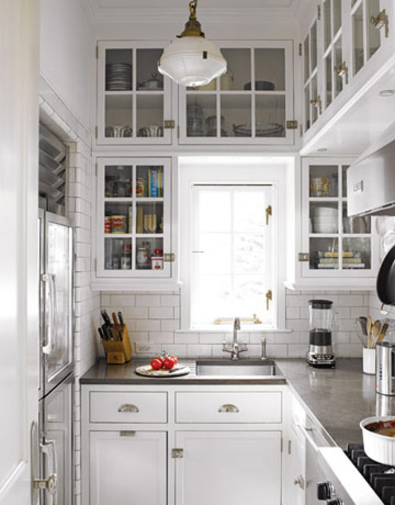 White Kitchen Cabinets Country Style