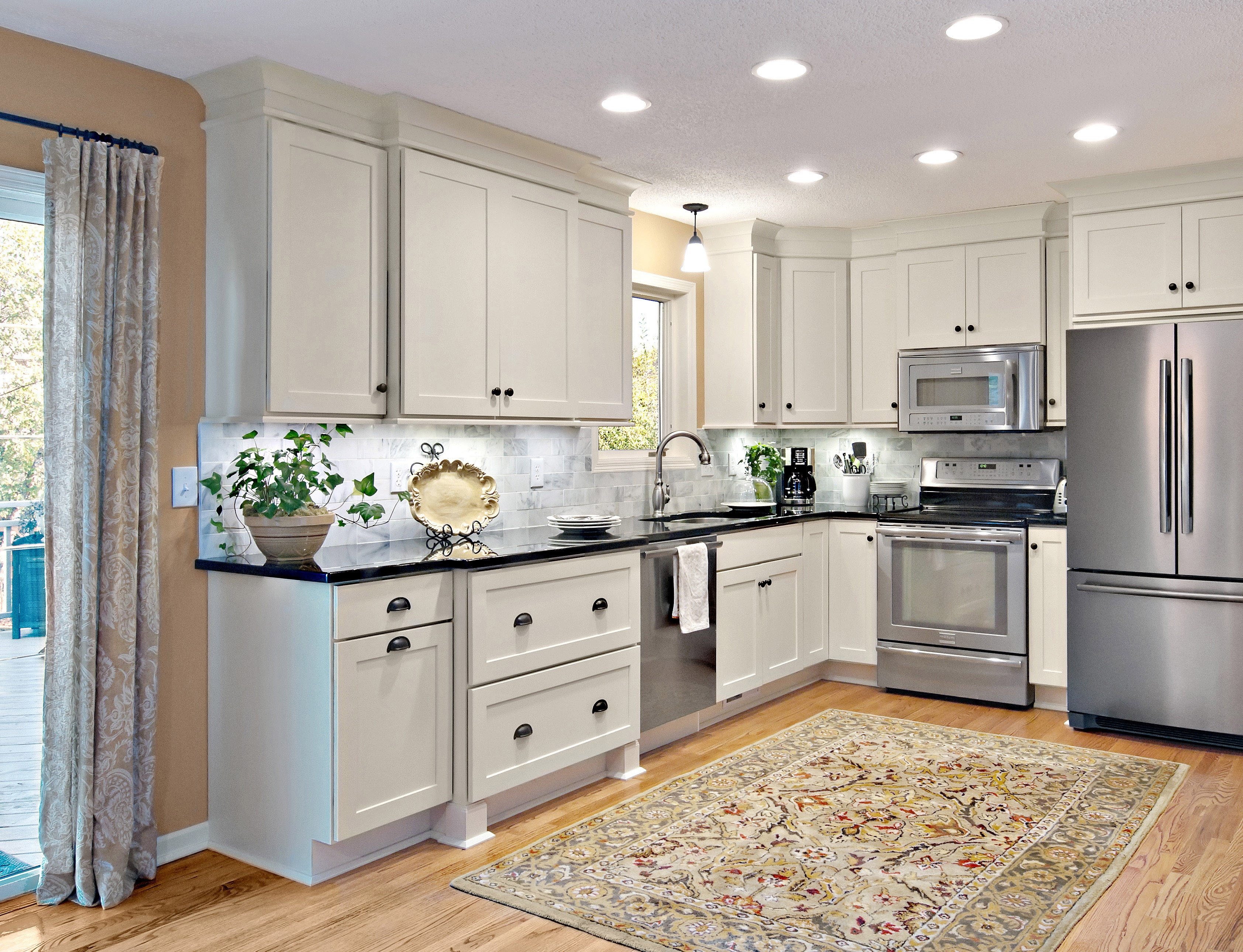White Kitchen Cabinets With Feet