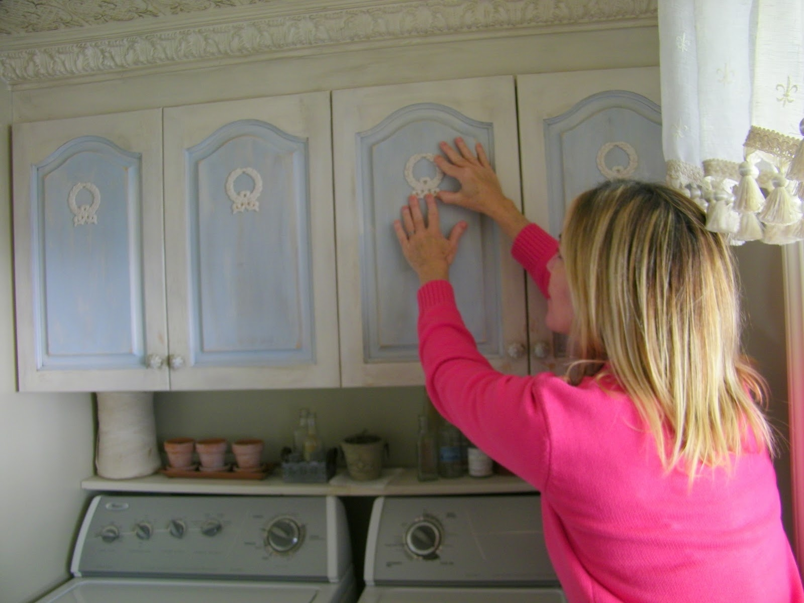 Wooden Appliques For Kitchen Cabinets
