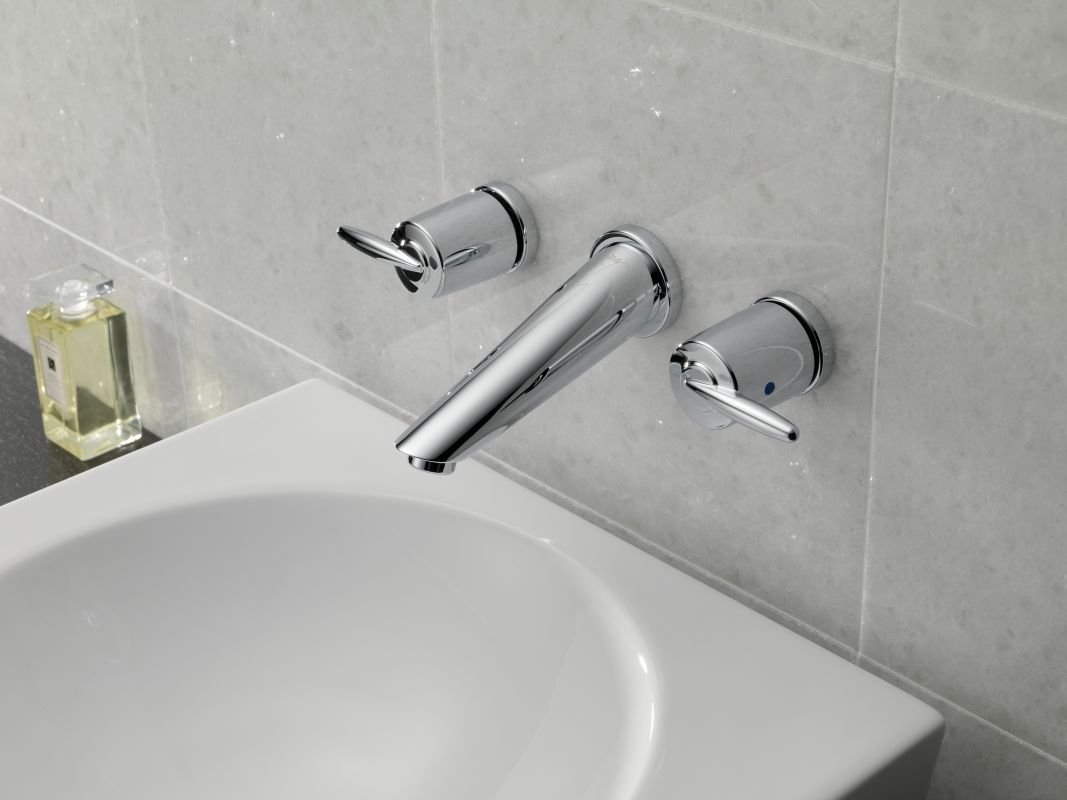Ideas, faucet 3585lf sswl in brilliance stainless delta intended for sizing 1067 x 800  .