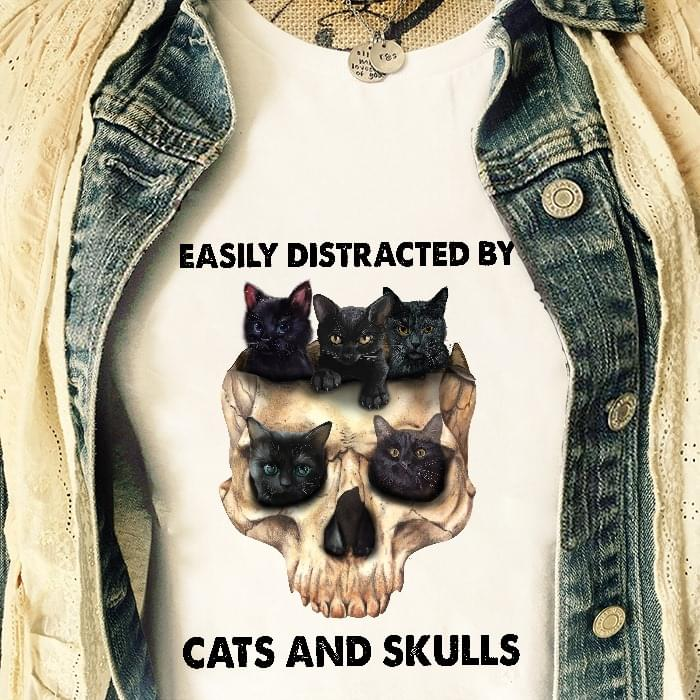 Easily Distracted By Cats And Skulls For Cat Lover T Shirt cotton t-shirt Hoodie Mug