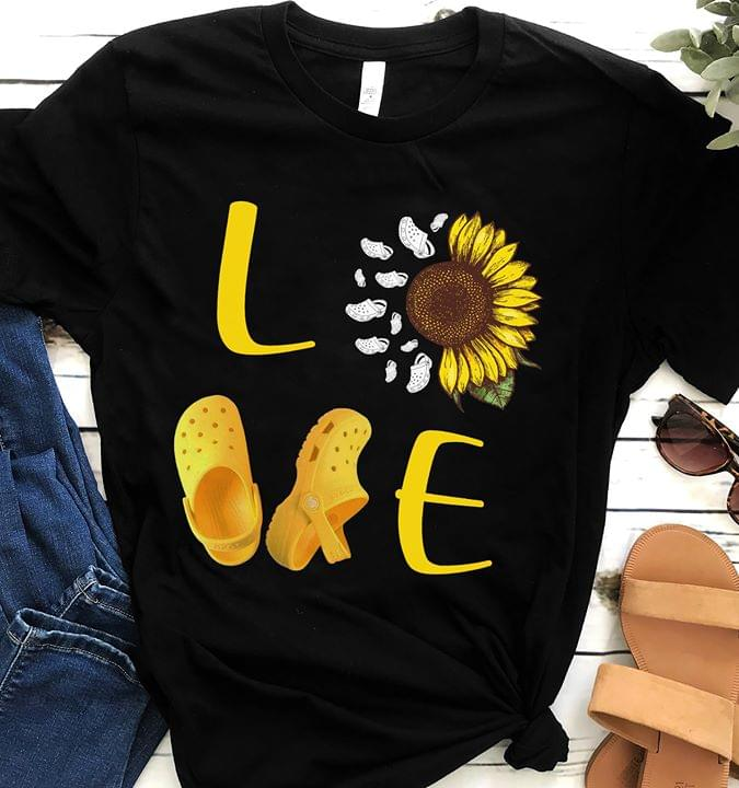 Love Sunflower Crocs Shoes Fashion T Shirt cotton t-shirt Hoodie Mug