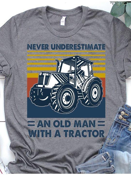 Never Understimate An Old Man With A Tractor For Farmer Vintage T Shirt cotton t-shirt Hoodie Mug