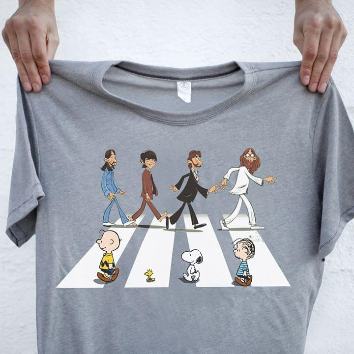 The Beatles See Snoopy And Friends Abbey The Road Funny For Fan cotton t-shirt Hoodie Mug