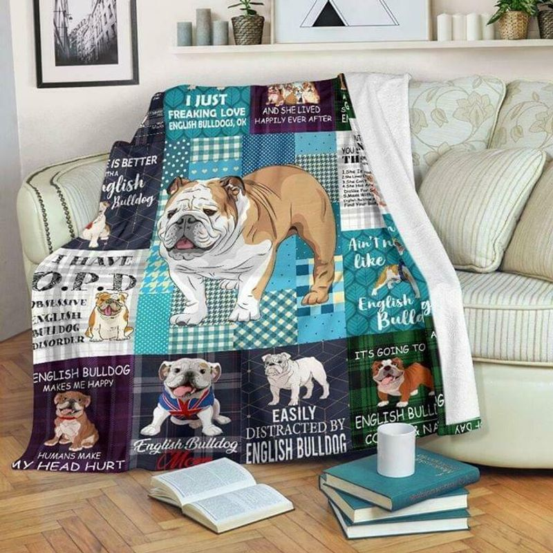 English Bulldog I Just Freaking Love English Bulldogs Poly Cotton Quilt 3 Sizes