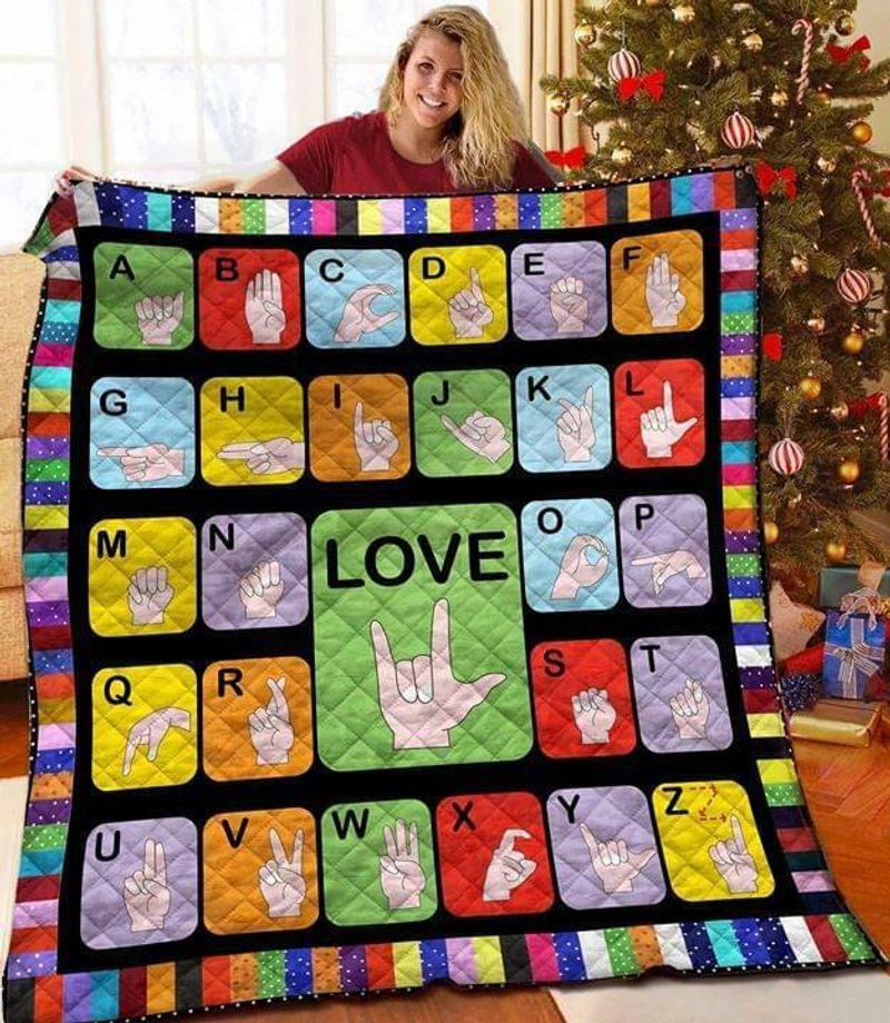 Sign Language Love 60-102 Washable Poly Cotton Quilt 3 Sizes